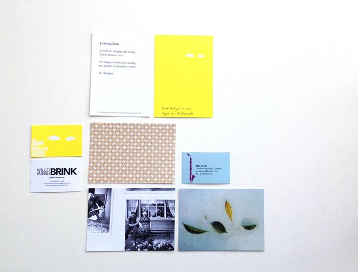 Willemieke van den brink tot de kern echter ontwerp identiteit expositie grafisch ontwerpDrukwerk voor expositie